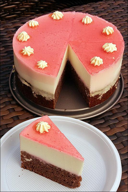 Черемухово-черносмородиновый торт