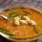 Суп с пельменями в тайском стиле
