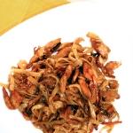 Рисовая лапша с курицей и грибами