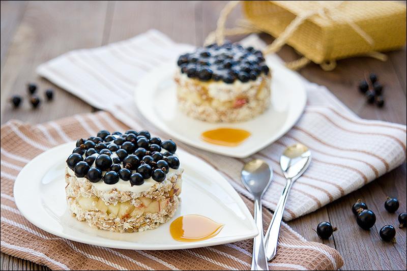 Завтрак. Гречка с творогом и фруктами