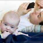 Когда дочь жаворонок, а папа - сова. Кате 4 месяца.