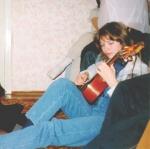 1998 год. Традиционно с гитарой