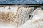"Водопады Игуасу \""Глотка дьявола\"""